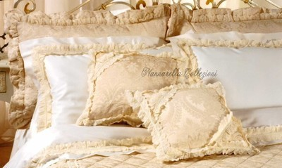 CORINNA Pillows Collection